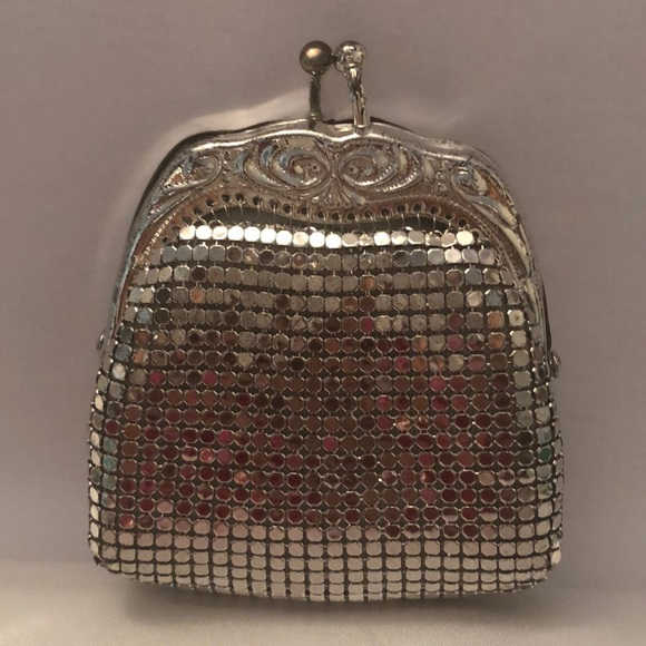 Vintage silver mesh coin purse